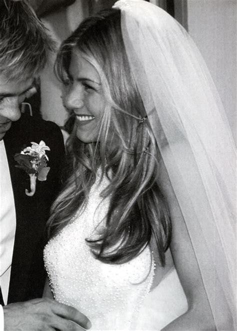 jennifer aniston half up half down hairstyles jennifer aniston s wedding hair lainey gossip
