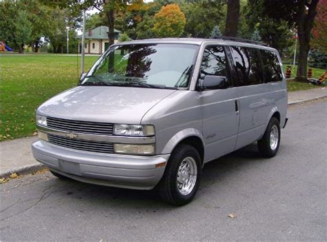 chevrolet astro  informations articles