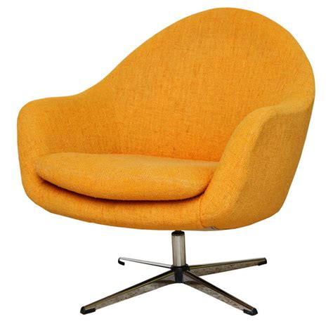 Fab Overman Swivel Egg Chair Sweden At 1stdibs Swivel Egg Chair
