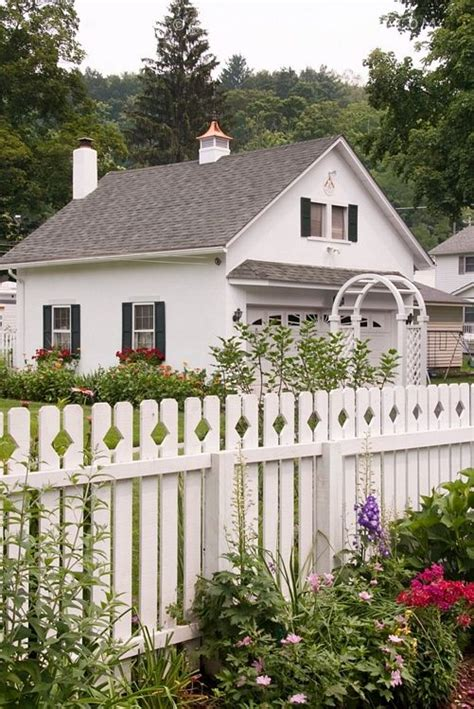 picket fence cottage style pinterest