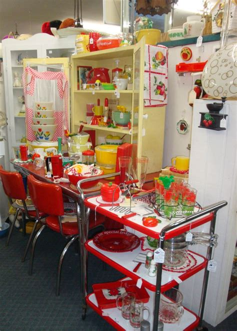 kitchens store retro kitchen store display shop till i drop pinterest