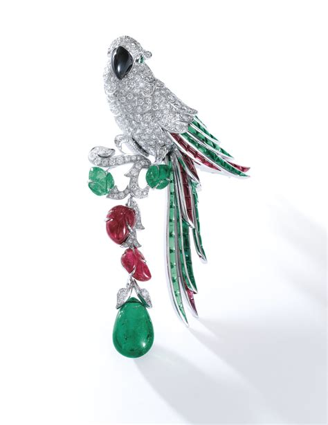 Cartier Haydy emerald ruby of pearl and brooch new