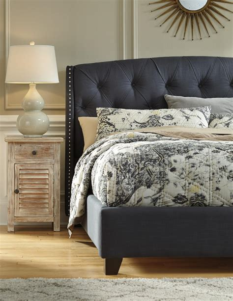 dark grey upholstered bed queen upholstered bed in dark gray with tufting and