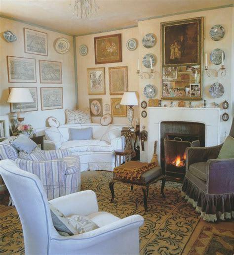 mobili inglesi free altro dettaglio impeccabile sono i tantissimi quadri
