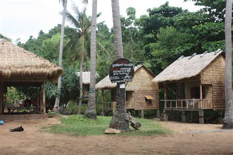 rabbit island cambodia bungalows kem leng bungalows on koh tonsay rabbit island cambodia