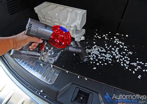 dyson car and boat vacuum review dyson s new v6 car boat handheld vacuum is a