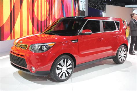 Kia Cars York Kia Bares Its 2014 Soul In New York Complete With Live