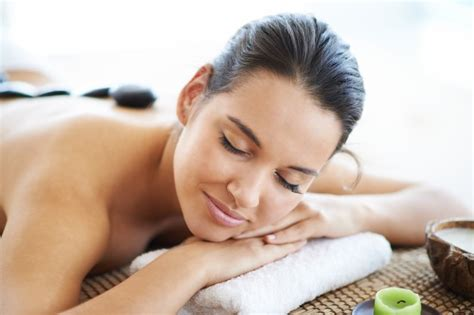Where Can I Use My Spa And Wellness Gift Card - woman in a wellness center photo free download