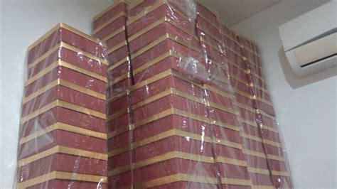 Lapis Legit Chelsea Setengah Loyang tempat jual kue lapis legit terenak di jakarta aaron guing