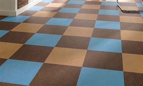 pavimento in linoleum pavimenti linoleum piastrelle per casa vantaggi dei