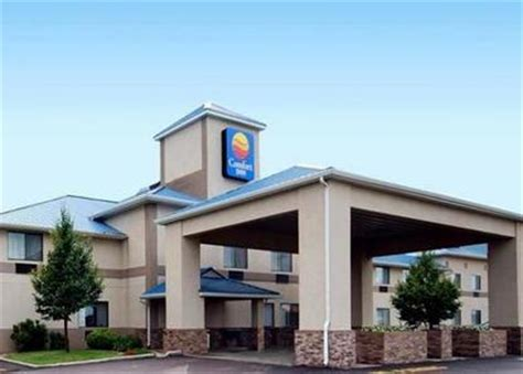 comfort inn brandon sd comfort inn brandon brandon deals see hotel photos