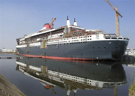 titanic 2 boat being built maiden voyage of rms queen mary 2 a st a day