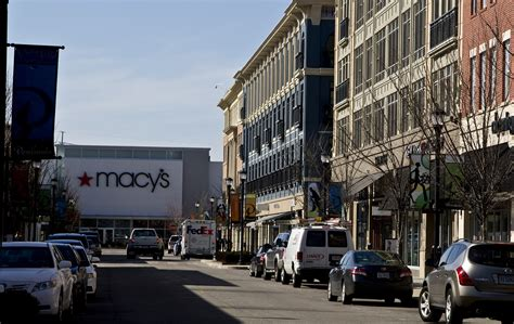 macys plans  close peninsula town center store daily