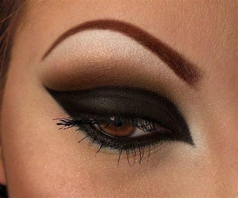tutorial eyeliner nero trucco nero occhi i tutorial selez blog