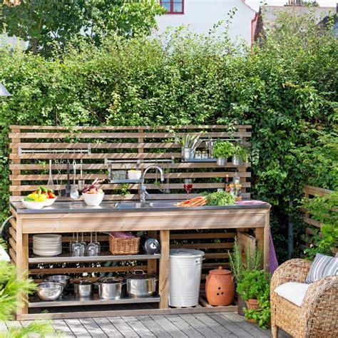 garden kitchen ideas flytta ut k 246 ket snickra ett utek 246 k hus hem