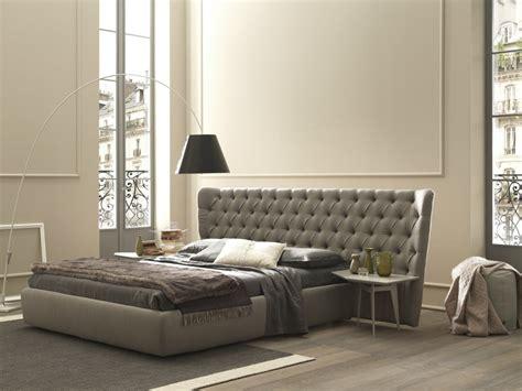 testata letto pelle letto capitonne con swarovski letto e materasso
