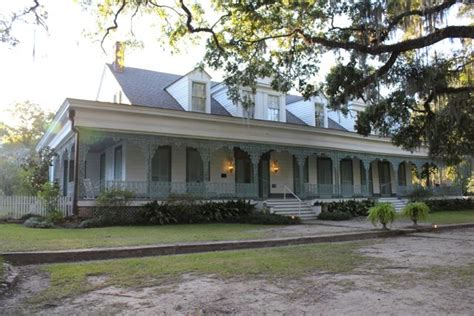myrtle house it s regarded as the most haunted home in america and