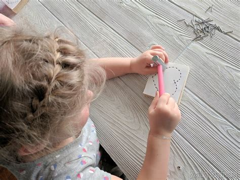 String For Beginners - shaped beginner string craft reality daydream
