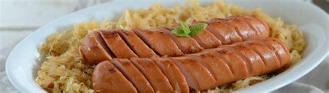 come cucinare i crauti ricetta di come preparare i crauti accompagnati con i wurstel
