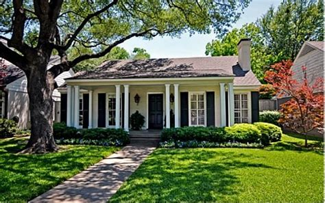 Cottage Dallas by Dallas Home Brownstones Cottages Homes Big And Small Dallas