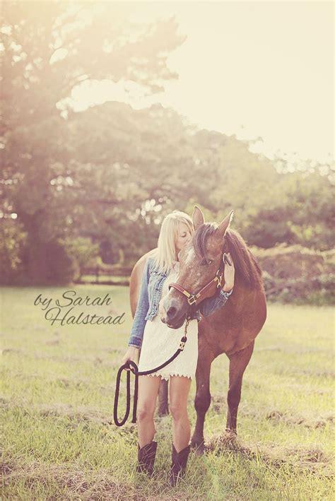 horse outside 796 best senior pictures images on pinterest senior