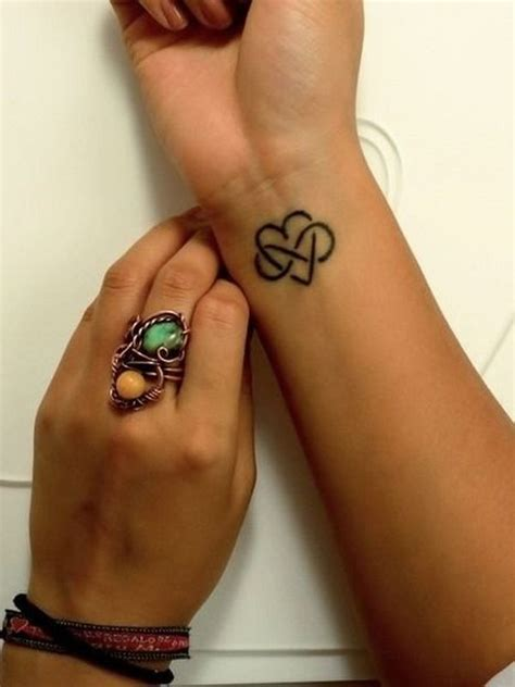 tattoo on wrist pros and cons 156 best small wrist tattoos pros cons pain level