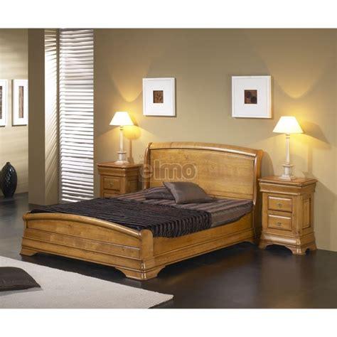 lit chambre adulte lit adulte merisier massif et chevets style louis philippe