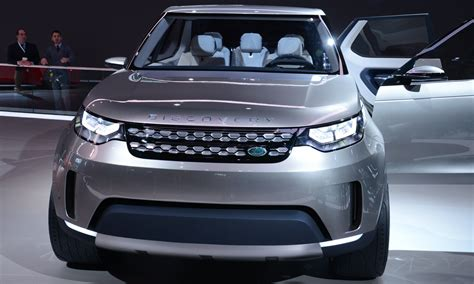 new land rover discovery 2016 update1 land rover discovery concept previews 2016 lr4
