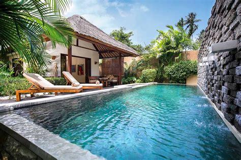 qunci villas  bedroom pool villa  senggigi lombok