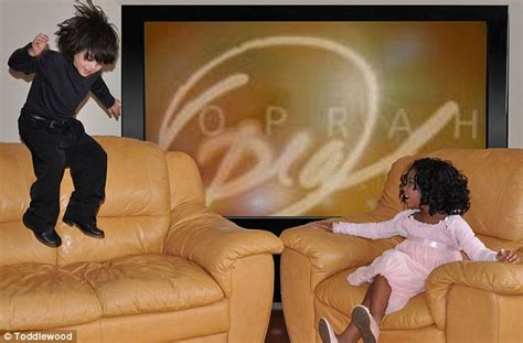 oprah couch photographer recreates hollywood moments replacing