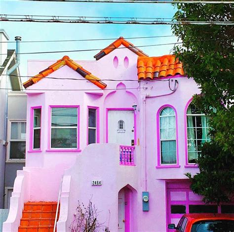 think pink 16 pink homes to lift your spirits design sponge