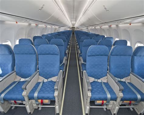 Boeing 737 900 Interior by Boeing Delivers 737 900er 30th 777 To Korean Air