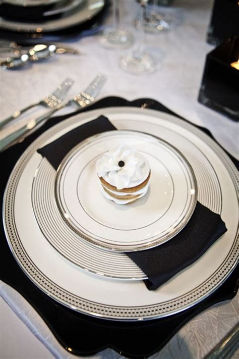 black and white table setting elegant black and white wedding ideas happywedd com