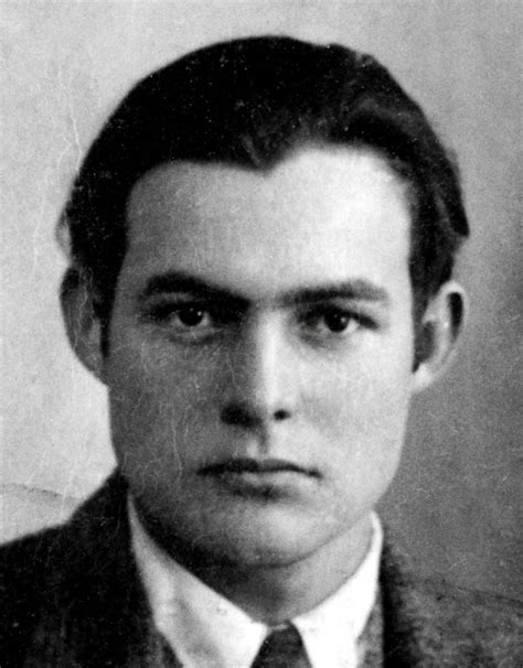 best biography about ernest hemingway most famous authors list of famous writers in history