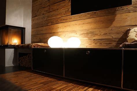 wohnzimmer altholz altholz im wohnzimmer bs holzdesign