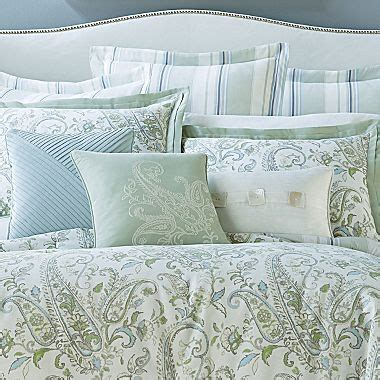 cindy crawford comforter cindy crawford style 174 laguna paisley comforter set jcpenney