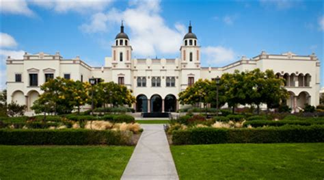 Of San Diego Mba Sports Management by 30 Great U S Colleges For Studying Business Abroad