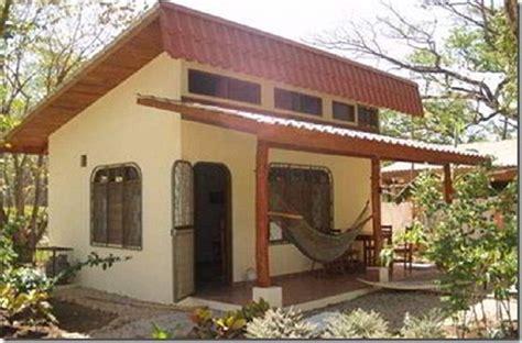 Southwest Style Homes by Fachadas De Casas Peque 241 As