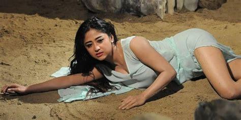 foto artis film indonesia hot ini 5 artis wanita indonesia paling hot merdeka com