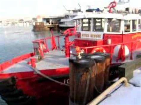 fireboat john glenn dcfd fireboat john h glenn jr former fdny youtube