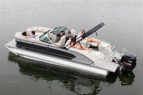 2017 manitou pontoon manitou boats for sale in fort myers beach florida