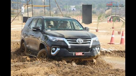 Toyota Road 2016 Toyota Fortuner Road Drive