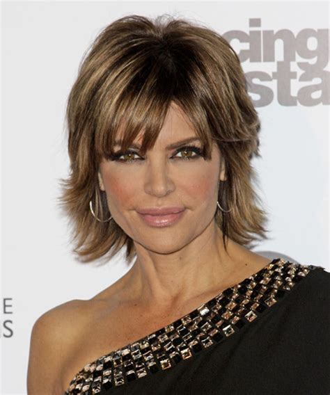 texture of rennas hair lisa rinna short straight formal hairstyle medium