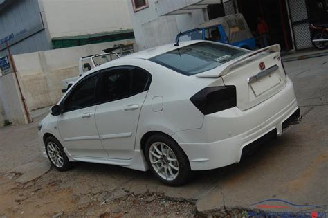 Spoiler Honda City honda city rear spoiler city pakwheels forums