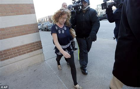 judge reduces bond issues ankle monitor order for affluenza teen ethan couch s mom tonya is released from