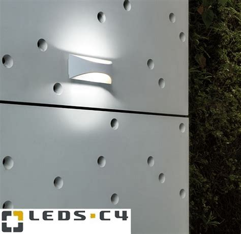 Lu Led Philips 2017 zunanja stenska led svetilka venus 10w 3000k ip65