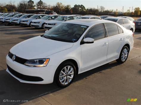 2011 White Volkswagen Jetta Sel Sedan 44653756