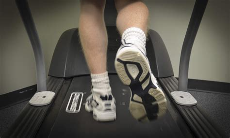 how to a to use a treadmill how to burn more calories using a treadmill
