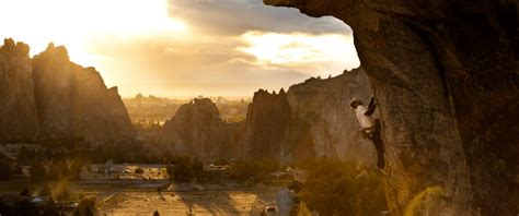 Mba Bend Oregon by Smith Rock Climbing School Guiding Rock Climbers At