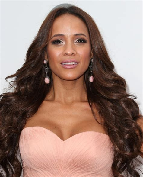 dania schlafzimmermöbel dania ramirez s hideous dress lainey gossip entertainment